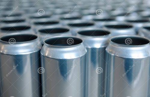 Ambev investirá R$ 700 mi em 3 anos para construir sua primeira fábrica de latas